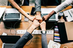 Capiamo insieme come sopravvivere a un lavoro di gruppo